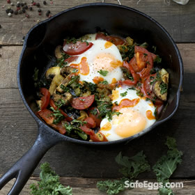 Baked Eggs with Kale, Mushrooms and Tomato recipe - a great vegetarian option! #Yum