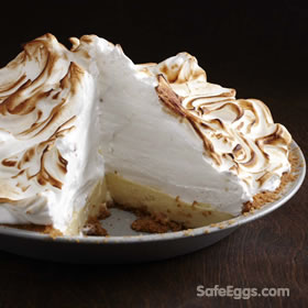 This eggnog meringue pie #recipe using raw egg whites is now safe thanks to @safeeggs pasteurized eggs! #festive