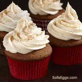 gingerbreak cupcakes w/eggnog buttercream #recipe using raw eggs is safe to eat with @safeeggs pasteurized eggs!