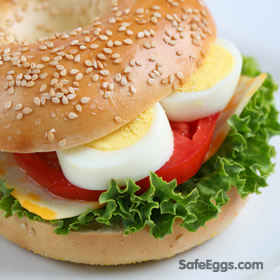 Easy Hard-Boiled Egg Sandwich recipe - a quick and easy #lunch!