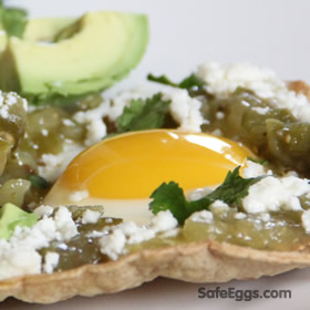 Huevos Albañil (Bricklayer Eggs) are the perfect recipe for #breakfast or anytime of day!