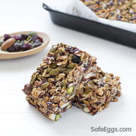 This rise 'n shine granola bars recipe is perfect for busy mornings or an after-school snack.
